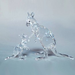 Swarovski Crystal | Silver Crystal | Nature Inspired | Kangaroo Mother with Baby | 5428563